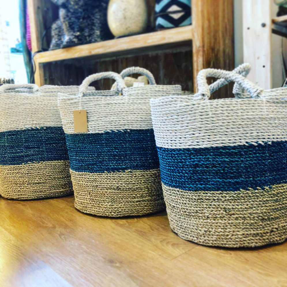 STORAGE BOXES & BASKETS
