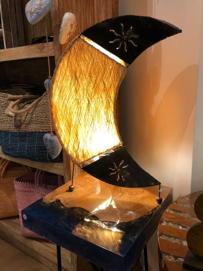 Wood fiber moon lamp