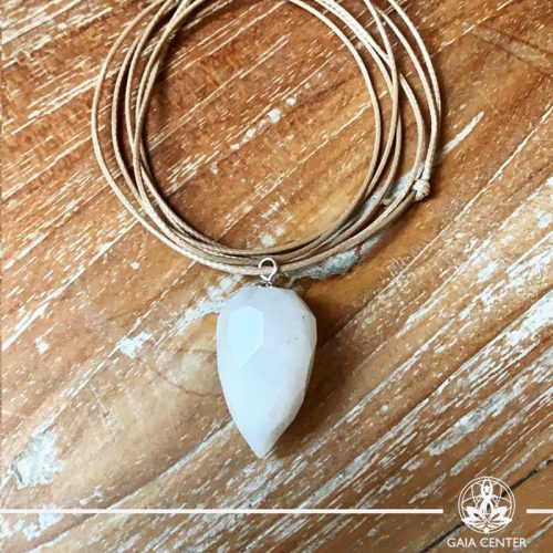 Snow quartz pendant on a string. Crystal and Gemstone pendants at Gaia Center in Cyprus. Worldwide delivery, shop online: https://gaia-center.com