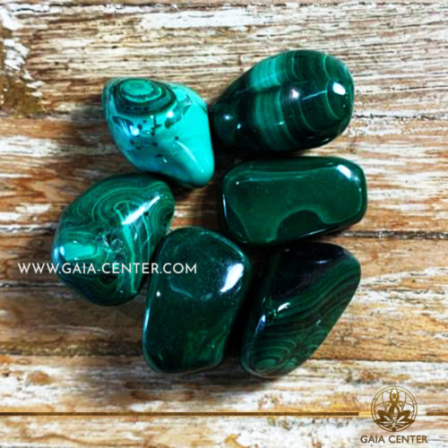 Malachite Tumblestone 20-30mm Medium shape. Crystals and semiprecious gemstone selection at GAIA CENTER | Cyprus.