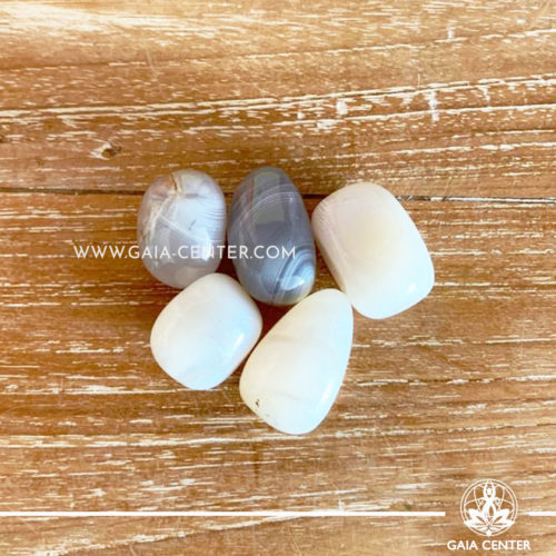 Agate Aquarius Birthstone Tumblestones 30-40mm Large shape. Crystals and semiprecious gemstone selection at GAIA CENTER | Cyprus.