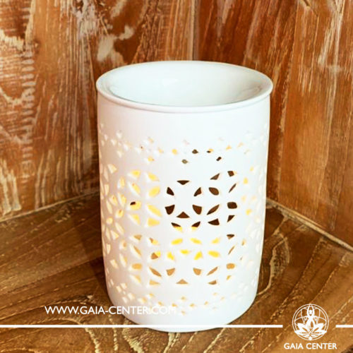 Ceramic Aroma Essential Oil Burner - White Matt Geometric Design. Oil burners and wax melts selection at Gaia Center in Cyprus.