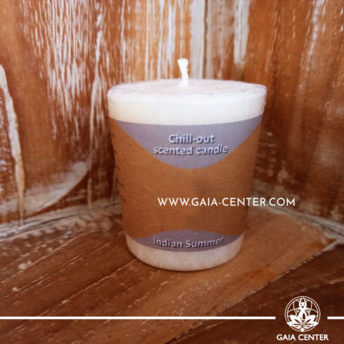 Natural Aroma Scented Perfumed candle Calm fragrant mix in white color. Made from 100% vegetable palm wax from sustainable farming. Scented with essential oils: sage and lemongrass. Natural Atmospheric chill-out candles selection at Gaia Center in Cyprus.